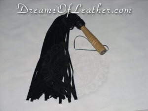 DreamsOfLeather.com Single Flogger